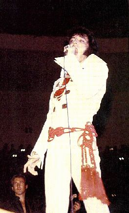 https://i1.wp.com/www.elvisconcerts.com/pictures/s70111507.jpg