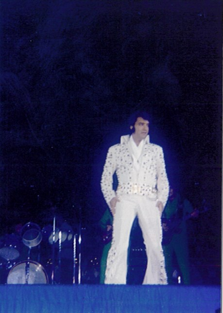 https://i1.wp.com/www.elvisconcerts.com/pictures/s73062502.jpg