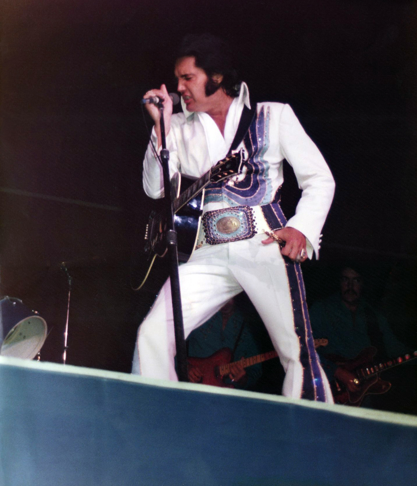 https://i1.wp.com/www.elvisconcerts.com/pictures/s74061511.jpg