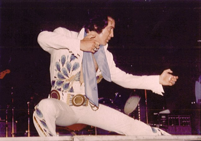 https://i1.wp.com/www.elvisconcerts.com/pictures/s74061904.jpg