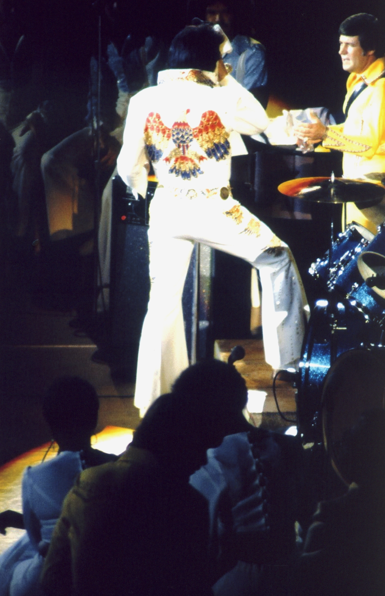https://i1.wp.com/www.elvisconcerts.com/pictures/s74062503.jpg