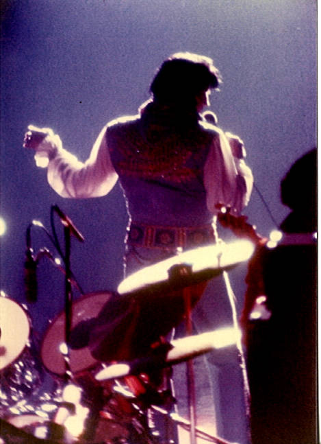 https://i1.wp.com/www.elvisconcerts.com/pictures/s76062611.jpg