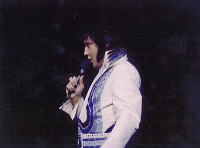 https://i1.wp.com/www.elvisconcerts.com/pictures/s76121001.jpg