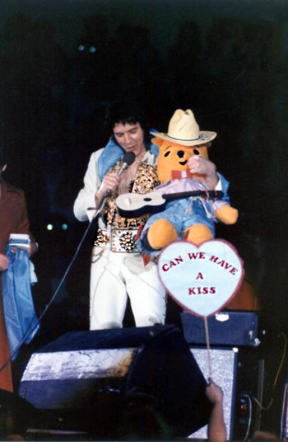 https://i1.wp.com/www.elvisconcerts.com/pictures/s77060102.jpg