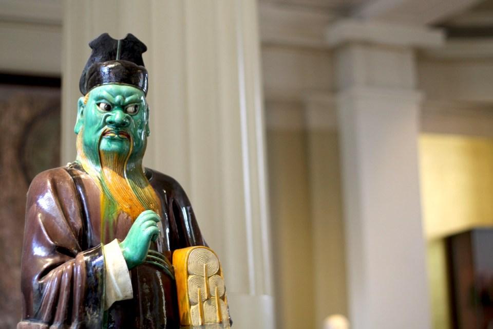 Chinese-statut-london-museum-elygypset