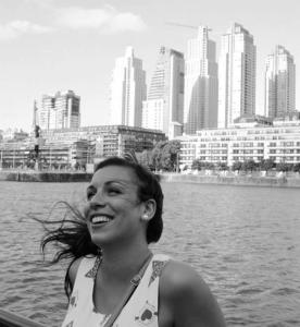 rocio-campaña-en-la-ciudad-de-los-rascacielos