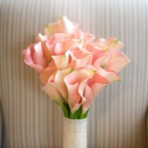 Building A Beautiful Calla Lily Wedding Bouquet