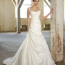 Wedding Dress Tips For Petite Brides