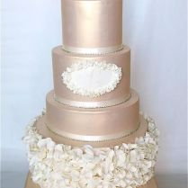 1000 Ideas About Champagne Wedding Cakes On Emasscraft Org