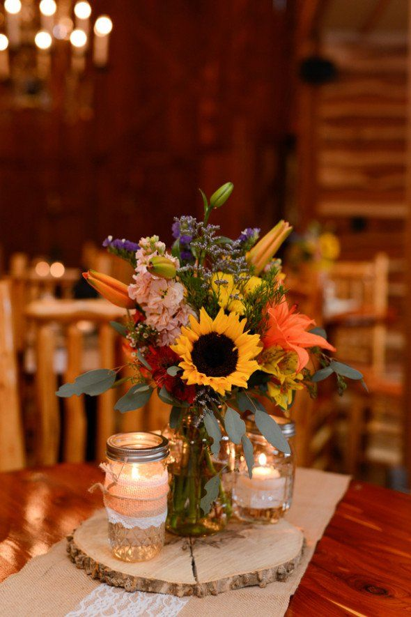 country style centerpieces for weddings Country Style Wedding Decorations Rustic Country Wedding Centerpieces