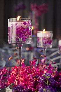 37 Floating Flowers And Candles Centerpieces