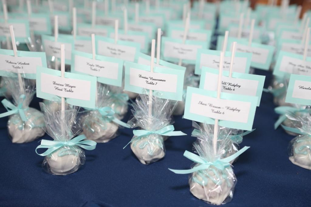 Ideas For A 60th Wedding Anniversary Celebration