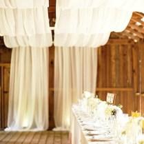 9 Gorgeous Decorating Ideas For A Barn Wedding → 👰 Wedding