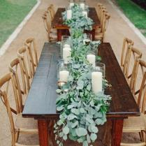 9 Trending Table Runners For Weddings