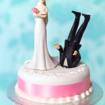 Funny Wedding Cakes, Funny Wedding Cake Toppers And Funny Weddings