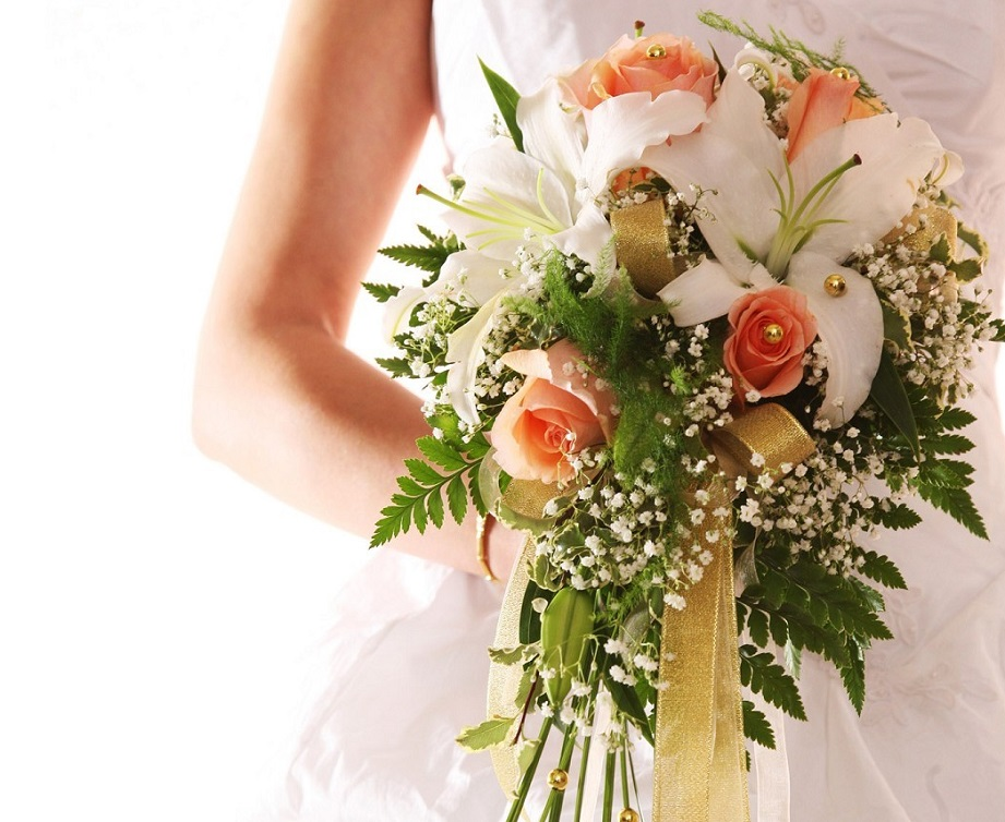 How Much Do Invitations Cost For A Wedding: Wedding Flowers Cost