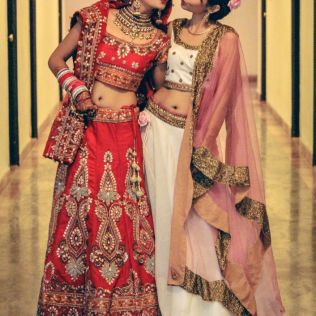 Indian Wedding Dresses For Grooms Sister