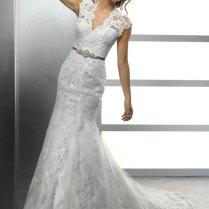 Lace Keyhole Back Wedding Dress ⋆ About Wedding Blogabout Wedding