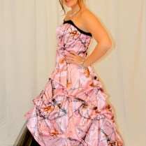 Pink Camo Wedding Dress (02)