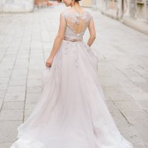 Special Friday Unique & Sophisticated Wedding Dresses From Cathy