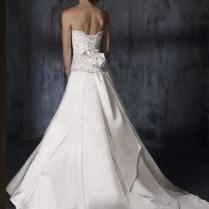 Sweetheart Neckline With Back Bow Designs Modern Wedding Dress