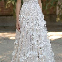 Top 20 Beach Wedding Dresses With Gorgeous Details