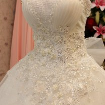 Wedding Dresses With Diamonds And Pearls