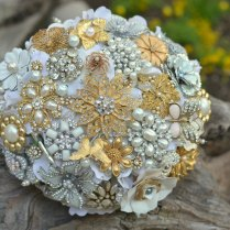 1000 Images About Brooch Bouquets
