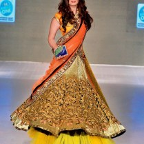 10 Best Styles Of Indian Bridal Dresses For Gorgeous Indian Girls