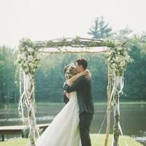 26 Floral Wedding Arches Decorating Ideas