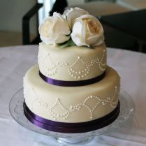 2 Tier Wedding Cakes On Wedding Cakes With 1000 Ideas About Two