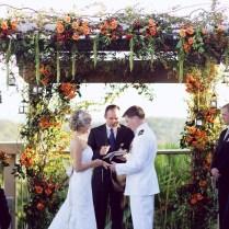 36 Fall Wedding Arch Ideas For Rustic Wedding
