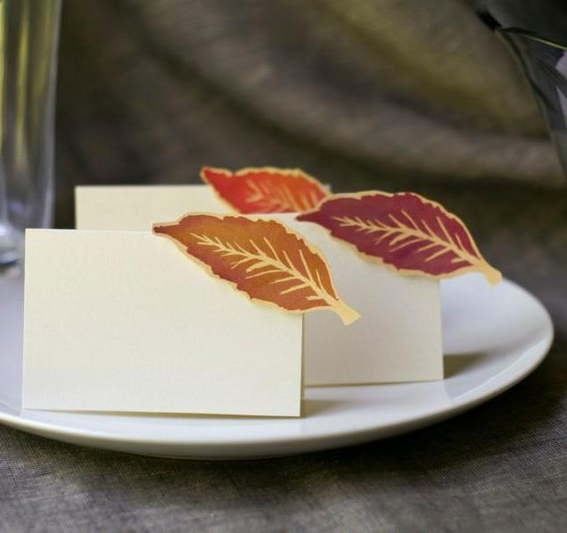 Autumn Wedding Place Cards Featuring Purple Fall Leaves 2581419