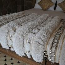 H879 Moroccan Wedding Blanket