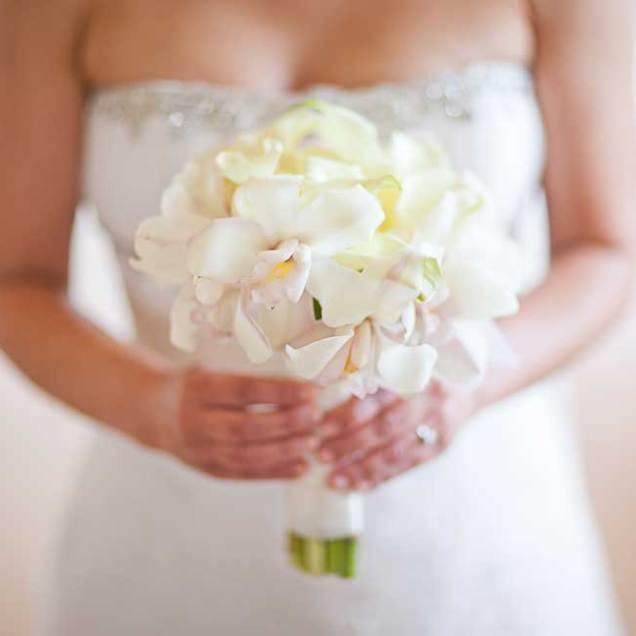 Hawaiian Wedding Bouquets