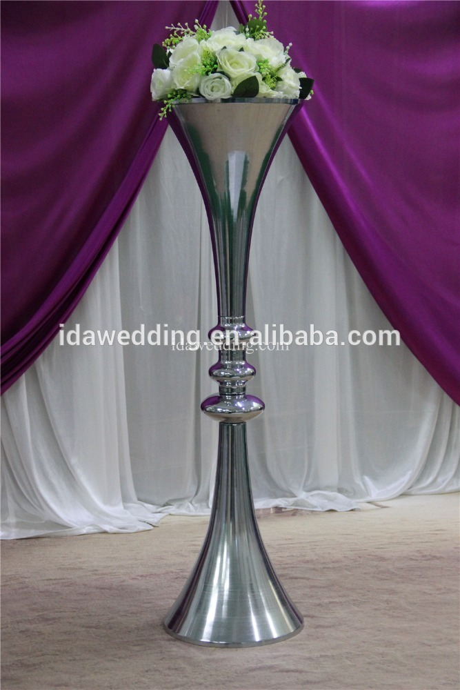 Aisle Stands For Wedding