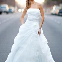 Never Out Of Date Strapless Wedding Gowns