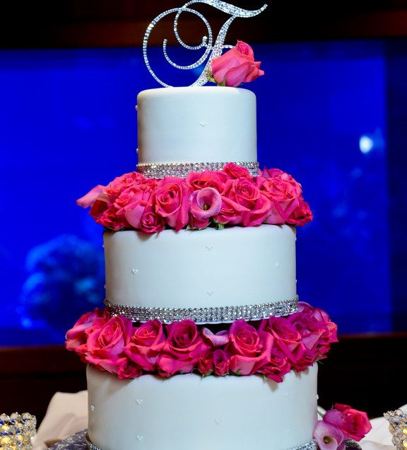 Wedding Cakes With Bling And Roses