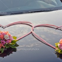 Wedding Car Decorated With Flowers — Stock Photo © Udra 25290541