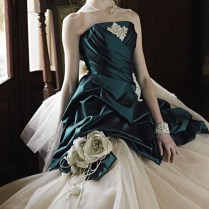 Wedding Dresses With Emerald Green Accents