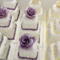 100 Mini Wedding Cakes Marathon