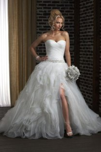 17 Wedding Dresses With Thigh