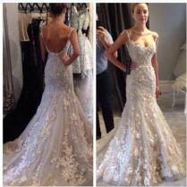 2015 Spring Wedding Dresses Spaghetti Backless Applique Chapel