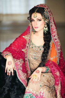 75 Pakistani Wedding Dresses For Females & Beautiful Girls