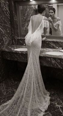 Berta Replica Sexy Backless White Lace Wedding Dress, Size 6