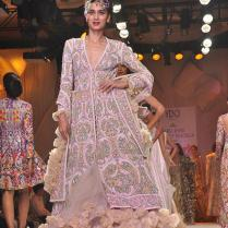 Best Dress For Indian Wedding Reception Presents To You Top