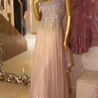 Best Gown Designers For Your Reception Wear