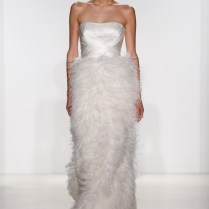 Popular Ostrich Wedding Dress