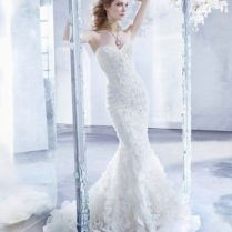 Stunning Strapless Ruffled Mermaid Wedding Gown Pictures, Photos