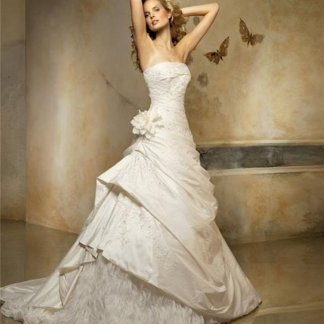 Unbelievable Wedding Dress Designers List With Elegant Affordable